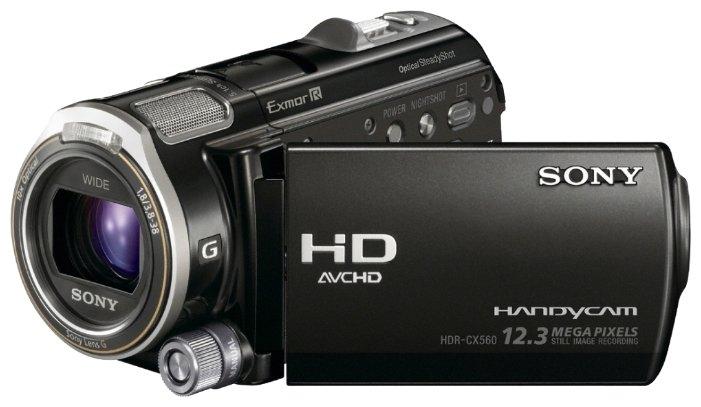 Сравнение с Sony HDR-CX560E