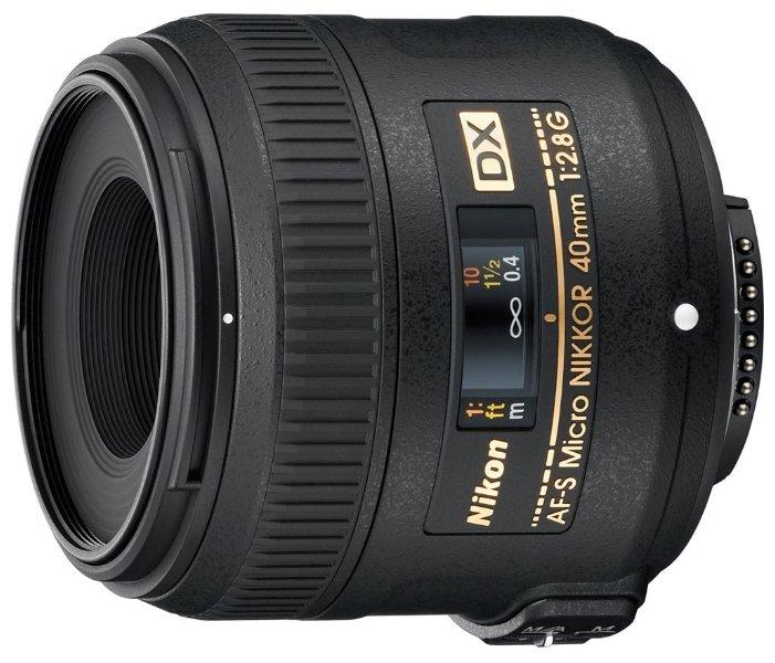 Nikon Объектив Nikon 40mm f/2.8G AF-S DX Micro NIKKOR
