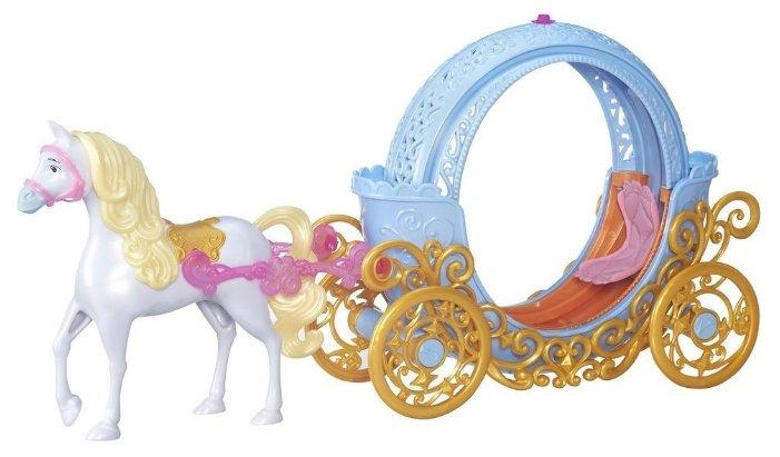 Игровой набор Hasbro Disney Princess B6314 Трасформирующаяся карета Золушки (кукла не входит в набор)