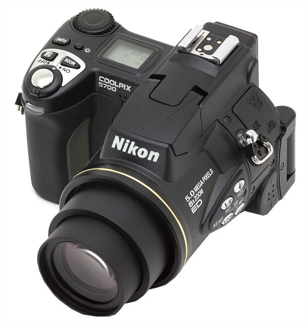 Фотоаппарат Nikon Coolpix 5700