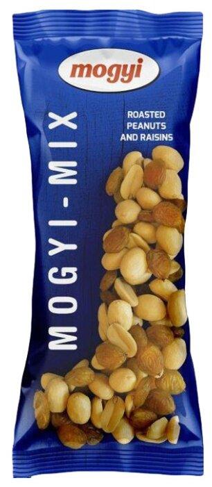 Смесь орехов и сухофруктов Mogyi Mix арахис и изюм 100 г