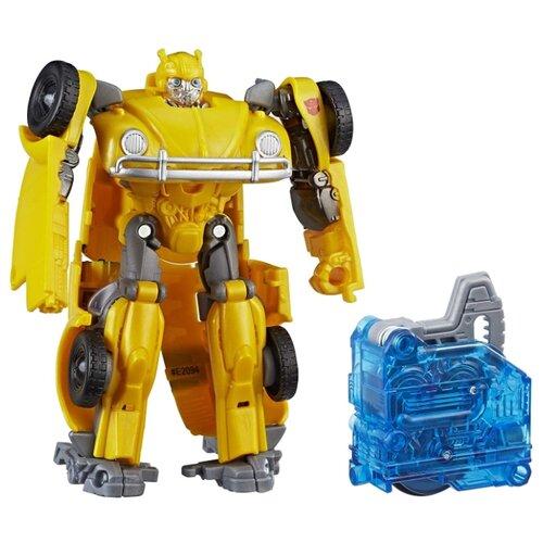 Купить Трансформер Hasbro Transformers Бамблби (Volkswagen Beetle). Заряд энергона: Перегрузка (Трансформеры 6) E2094 желтый, Роботы и трансформеры