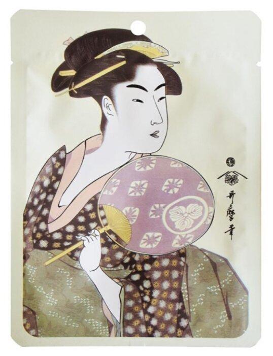 Mitomo маска маточное молочко и экстракт цветков сакуры