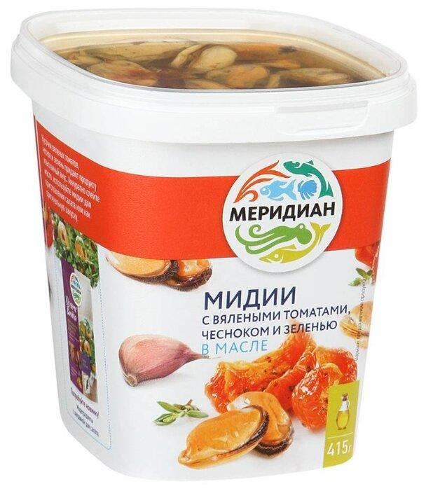 Меридиан Мидии с вялеными томатами, чесноком и зеленью в масле
