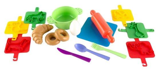 Набор продуктов с посудой Пластмастер Пекарь №3 22039