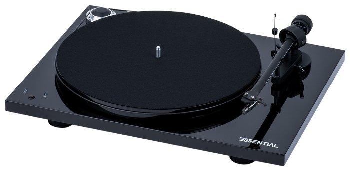Виниловый проигрыватель Pro-Ject Essential III RecordMaster