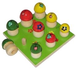 Развивающая игрушка Русская народная игрушка Грибы на поляне 9 шт