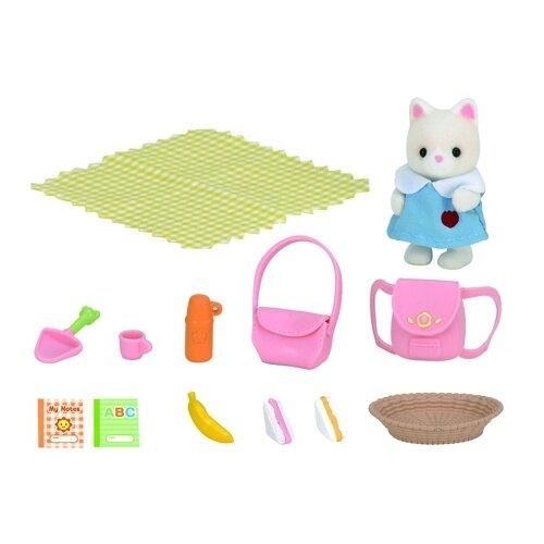 Купить Игровой набор Sylvanian Families Пикник в детском саду 3590/5103, Игровые наборы и фигурки