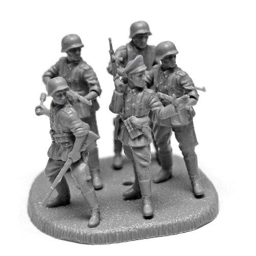 Фото - Сборная модель ZVEZDA Немецкая кадровая пехота 1939-1943 (6178) 1:72 сборная модель zvezda немецкая пехота в зимней форме 1941 1945 6198 1 72