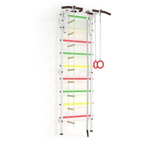Шведская стенка для дома Athleus Атлет P-7 с турником три хвата, гимнастическими кольцами и верёвочной лестницей. Цвет — белый. Ступени — трёхцветные (светофор). Для детей от 3 лет.