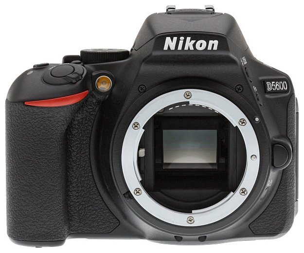 Nikon Зеркальный фотоаппарат Nikon D5600 Body