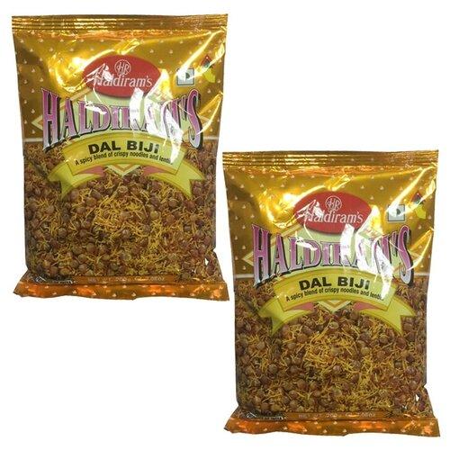 Закуска индийская Дал Биджи Haldiram's (2 шт. по 200 г)