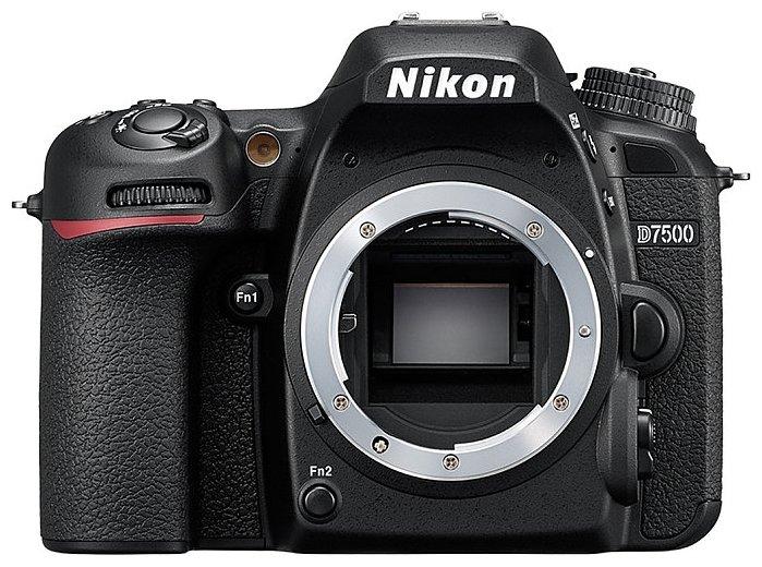 Nikon Зеркальный фотоаппарат Nikon D7500 Body