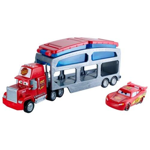 Набор машин Mattel Тачки Color Changers Трейлер Мак (CKD34) красный/синий/серый