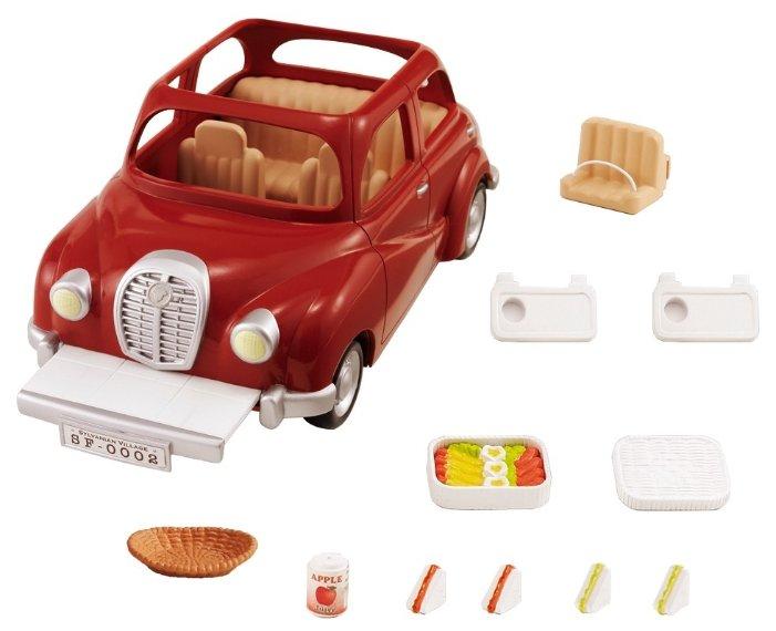 Игровой набор SYLVANIAN FAMILIES Семейный автомобиль