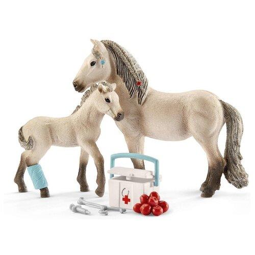Купить Игровой набор Schleich Ханны для медицинской помощи 42430, Игровые наборы и фигурки
