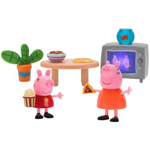 Купить Игровой набор Intertoy Peppa Pig Пеппа и Мама смотрят фильмы 35354, Игровые наборы и фигурки