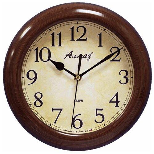 Фото - Часы настенные кварцевые Алмаз P26/P28 темно-коричневый/бежевый часы настенные кварцевые алмаз b97 коричневый бежевый