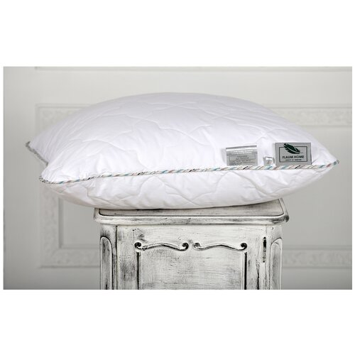 Подушка Flaum Home Season 50 х 70 см белый