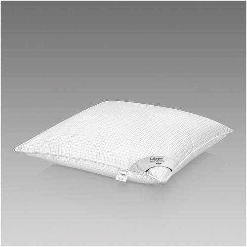 Подушка Togas Калипсо 70 х 70 см белый