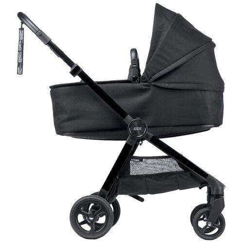 Фото - Универсальная коляска Mamas & Papas Strada (2 в 1 ), carbon, цвет шасси: черный универсальная коляска indigo charlotte duo 2 в 1 ch31 цвет шасси черный