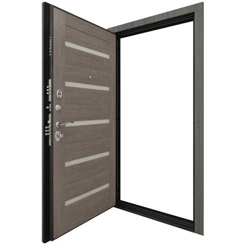 Дверь входная метталическая С-7