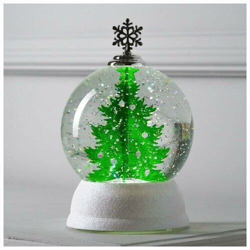 Снежный шар Luazon Lighting Шар с елкой 18 см, белый/зеленый