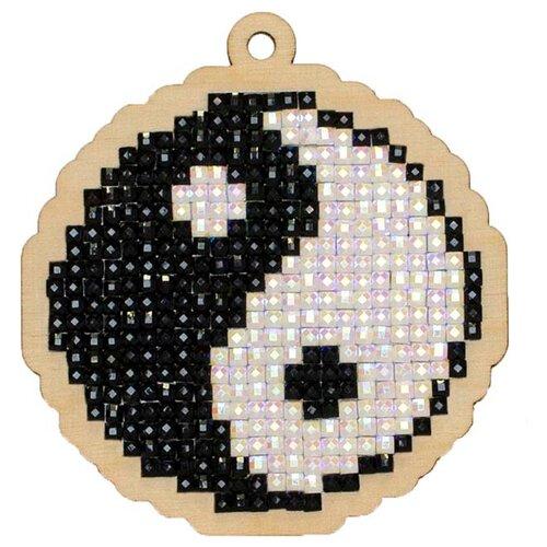 Купить Алмазная вышивка на дереве Подвеска «Инь и Янь», 6, 8x7, 2 см, Гранни Wood, Алмазная мозаика