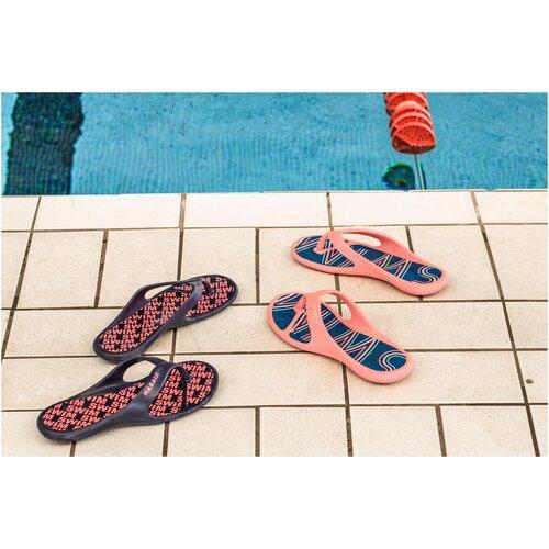 Сланцы для бассейна женские TONGA 500 PRINT DIAG, размер: EU39/40, цвет: Синий Графит/Неоновый Розовый NABAIJI Х Декатлон