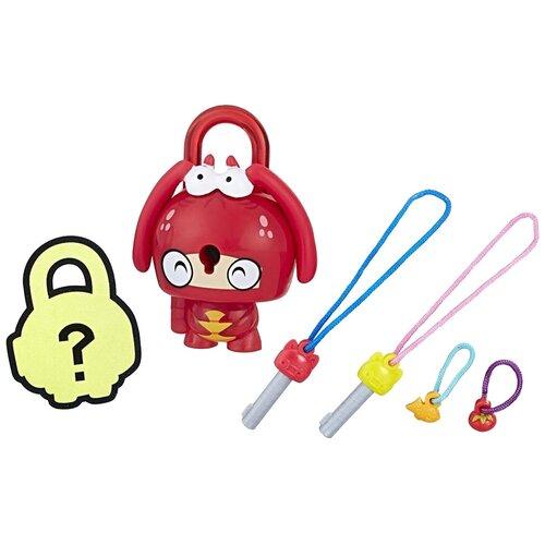 Фигурка Hasbro Lockstar Красный лобстер E3103/E3215