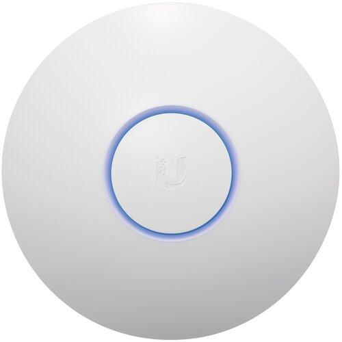 Фото - Wi-Fi точка доступа Ubiquiti UniFi AC HD, белый wi fi точка доступа ubiquiti unifi ac lite белый
