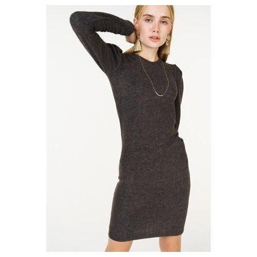 платье befree 1911090507 женское цвет красный 70 однотонный р р 42 xs 170 Платье befree 1831081513/ женское Цвет Черный 39 Однотонный р-р 42 XS/170