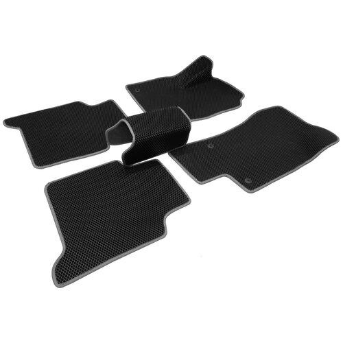 Автомобильные коврики салона Autodefender EVA для Skoda Kodiaq 2016 - наст. Время (комплект 5 шт.) черный ромб с серым кантом