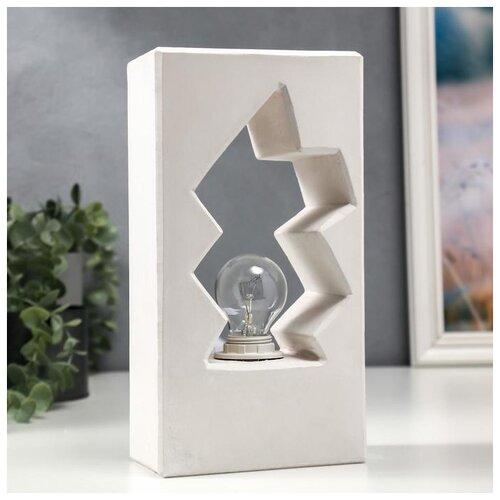Лампа настольная Risalux E14, 40 Вт, белый, 13*7,5*24,5 см