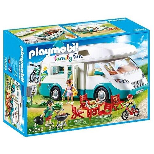 Набор с элементами конструктора Playmobil Family Fun 70088 Семья туристов