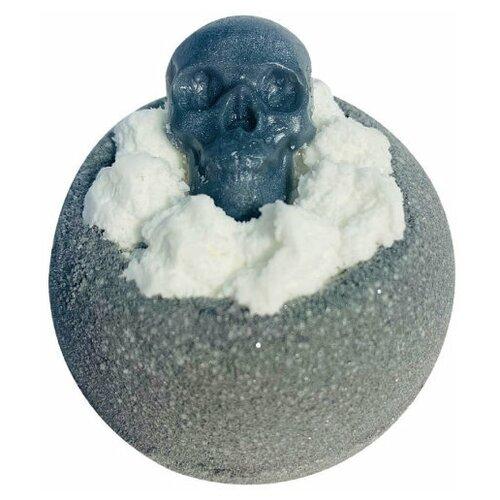 Купить Бомбочка для ванн, бурлящий шар с мылом ручной работы. Шарик Черный череп, гейзер для ванн 130гр, Bomb Master