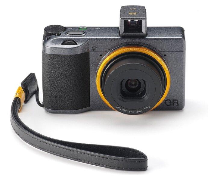 Фотоаппарат Ricoh GR III Street Edition черный/желтый фото 1