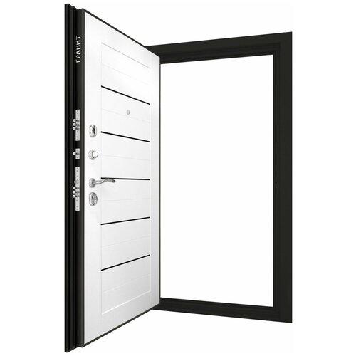 Дверь входная ГРАНИТ М8 Барк в квартиру