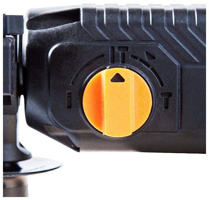 Перфоратор сетевой Bort BHD-700-P (3 Дж)