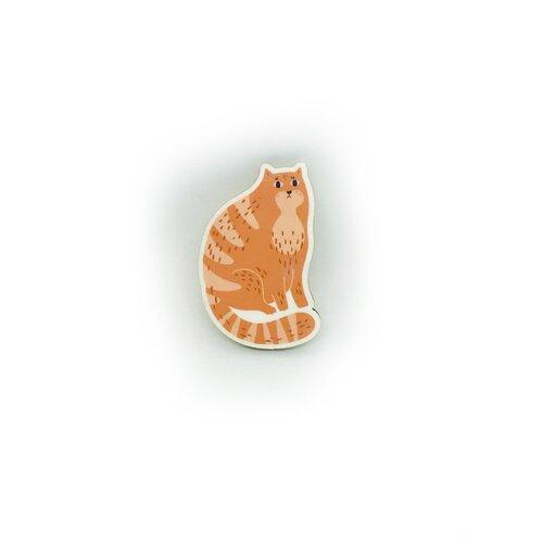 Значок деревянный PaperFox Рыжик - рыжий кот. Бижутерия пин, брошь женская, детская для девочки, мальчику, детям. Милый подарок другу, маме, подруге, на день рождения девушке, парню, любимому мужу, смешной детский сувенир, котик коллеге. Оранжевый 47Х31мм