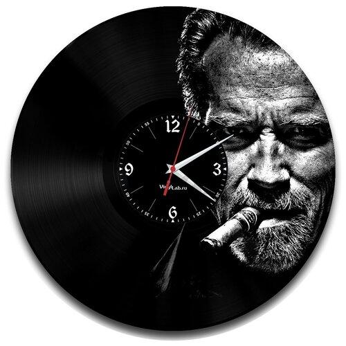 Фото - Часы из виниловой пластинки (c) VinylLab Арнольд Шварценеггер арнольд шварценеггер вспомнить все моя невероятно правдивая история