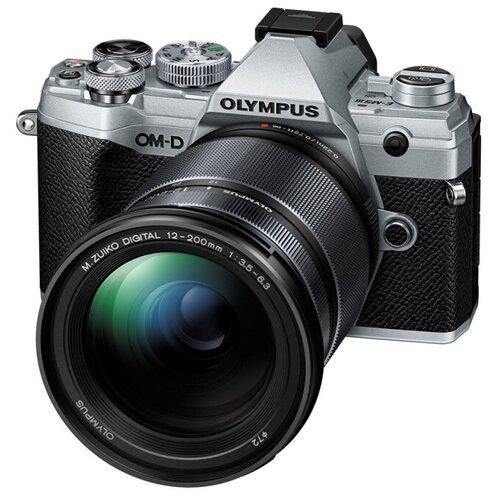 Фотоаппарат Olympus OM-D E-M5 Mark III Kit серебристый M.Zuiko Digital 12-200mm F/3.5-6.3