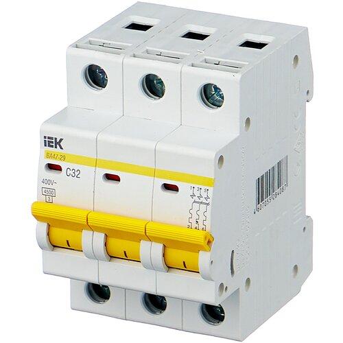 Автоматический выключатель IEK ВА 47-29 3P (C) 4,5kA 32 А автоматический выключатель iek ва 47 29 3p c 4 5ka 63 а