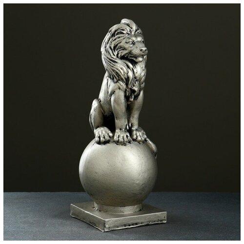 Фигура Лев сидя на шаре серебро фигура лев сидя с шаром бронза 29х18х45см