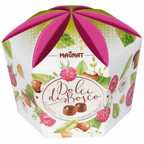 Набор конфет Magnat Dolci di Bosco молочный шоколад с малиновой и ореховой начинкой, 161 г