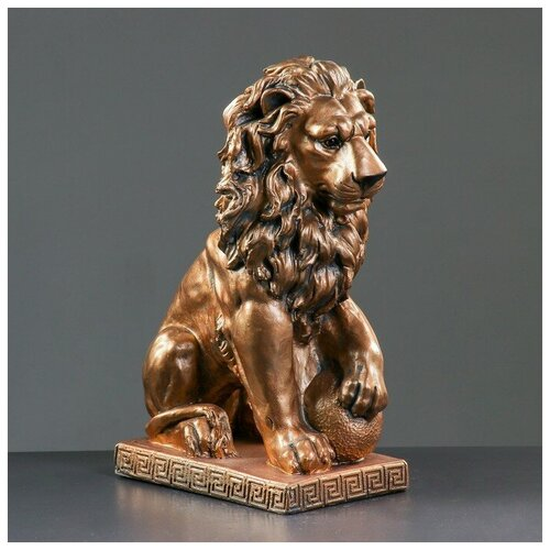 Фигура Лев сидя с шаром бронза 29х18х45см фигура лев сидя с шаром бронза 29х18х45см
