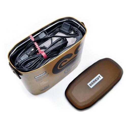 Автомобильный компрессор BERKUT SPEC-2M коричневый