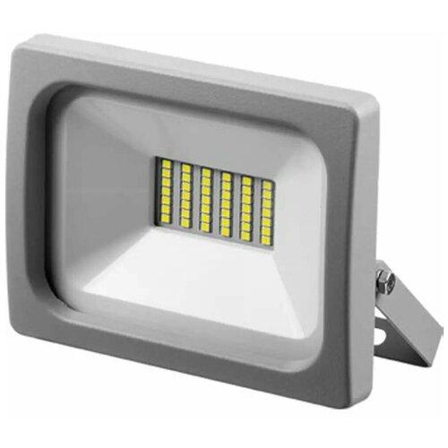 Зубр Светодиодный прожектор ЗУБР Профессионал ПСВ-100 100Вт 9000Лм 6500 K IP65 57140-100