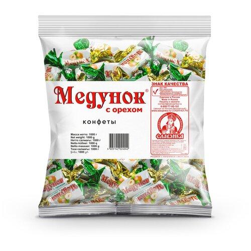 Конфеты Славянка Медунок с орехом, пакет, 1 кг конфеты славянка фарс шоколадная нуга с желе и шариками пакет 1 кг