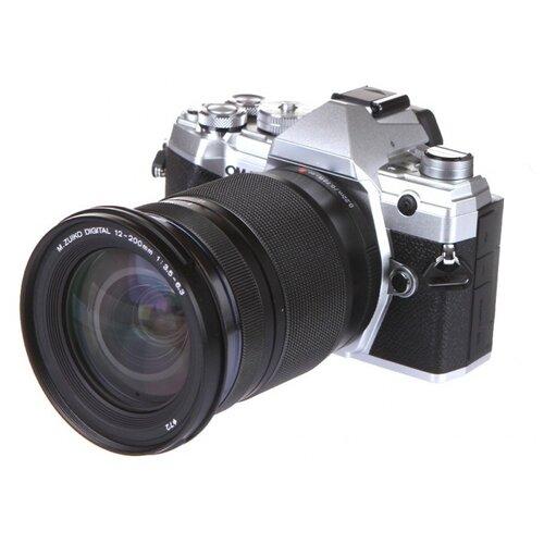 Фото - Фотоаппарат Olympus OM-D E-M5 Mark III Kit серебристый M.Zuiko Digital 12-200mm F/3.5-6.3 фотоаппарат olympus om d e m5 mark iii kit серебристый m zuiko digital 12 40mm f 2 8